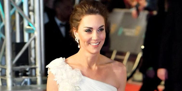 BAFTA 2019 Kate Middleton Stuns In Pearl White Gown And Princess Diana's Earrings